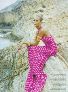 """Chic A L'Horizon"" Vogue France, May 1996. Model: Georgina Grenville."
