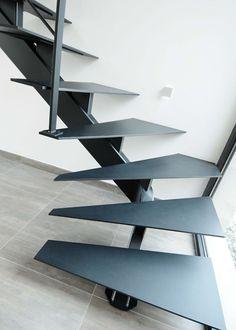 Escalier à Lille dans le Nord - Escalier métallique bois, limon, contemporain - Lauridant Staircase Outdoor, Luxury Staircase, Interior Staircase, Modern Staircase, Staircase Storage, Loft Stairs, House Stairs, Home Stairs Design, Home Room Design
