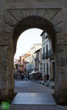 Arco de las Granadas
