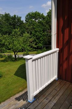 Hemma på Kråkered: Målardag! Garden Structures, Outdoor Furniture, Outdoor Decor, Outdoor Storage, Bro, Home Decor, Decoration Home, Room Decor, Interior Decorating