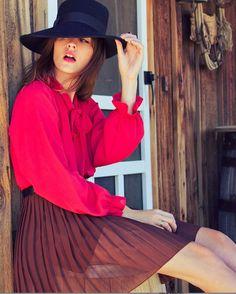80 mejores imágenes de Una mujer con sombrero...  1ea1e413f97