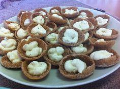 Liian hyvää: Kaxholmenin kaalisalaatti ja viikonloppuherkkuja Muffin, Cookies, Breakfast, Desserts, Food, Breakfast Cafe, Tailgate Desserts, Muffins, Biscuits