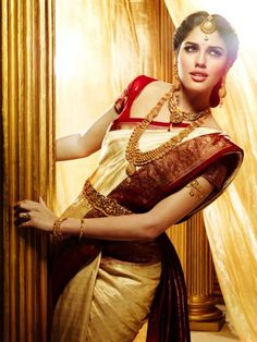 Beautiful South indian Bride in south Indian jewellery style !