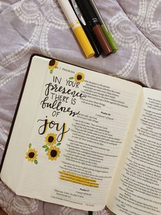 Faith quotes l Hope quotes l Christian Quotes l Christian Sayings - Quotes Bible Study Journal, Scripture Study, Bible Art, Bible Journaling For Beginners, Bible Verses Quotes, Bible Scriptures, Faith Quotes, Hope Quotes, Bible Drawing
