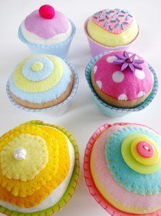 Felt Cupcakes | YouCanMakeThis.com