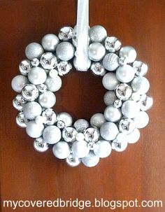 Gorgeous ornament wreath that doesn't look too difficult to make, and you can make it in any color!