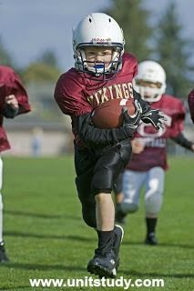 Youth Football Run To The Endzone Editorial Stock Photo - Image of touch, down: 11322743 Football Team Names, Football Run, Football Helmets, Fantasy Football, Art Logo, American Football, Kids And Parenting, The Unit, Stock Photos