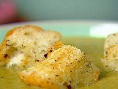 super easy croutons - amazing in soup!