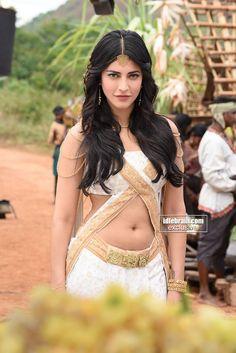 Puli photo gallery - Telugu cinema - Vijay, Shruti Haasan, Hansika & Sridevi