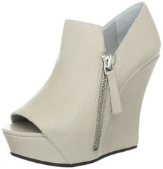 41hJ9LRes L  Camilla Skovgaard London Womens PRE SS13004.2 Sandal [List Price: $775.00 Sale Price: $632.54 & FREE Shipping. You Save: $142.46 (18%) ]