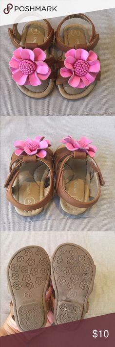 Baby sandals Cute baby sandals with pink flower. Excellent condition. Genuine kids by osh kosh Osh Kosh Shoes Sandals & Flip Flops