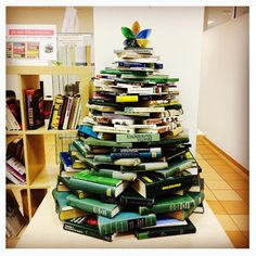 christmastree at the Central Library of Slovak Academy of Sciences #uksav #bookart