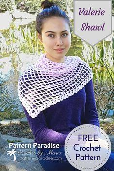 Free Crochet Pattern: Valerie Shawl | Pattern Paradise #crochet #patternparadisecrochet #freepattern #redheartyarns #shawl #handmade