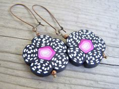 Polymer Clay Flower Earrings Black White Pink by gristmilldesigns, $17.95 #pcfteam
