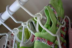 "DIY Outfit Hangers : use drapery hardware ""split rings"" to keep outfits grouped together... no more mismatched outfits!"