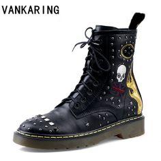 Detalles acerca de Remache de Hombre Mujer Zapatillas Botas de alta Tops Rock Punk Gótico Moda Zapatos de Skate mostrar título original