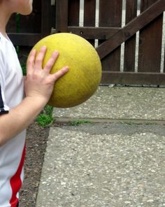 Develop your child's hand-eye coordination in a fun and engaging way by challenging her to a game of Drop Catch.