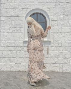 Abaya Fashion, Muslim Fashion, Modest Fashion, Fashion Outfits, Niqab, Fancy Skirts, Wedding Hijab, Girl Hijab, Woman Clothing