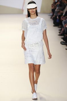 AKRIS COLLECTION SPRING / SUMMER COLLECTION 2015 #EZONEFASHION