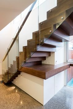 Contemporary Staircase by Dig Design Staircase Interior Design, Stairs Architecture, Cantilever Stairs, Stair Railing, Railings, Basement Layout, Basement Ideas, Stairs Canopy, Bathroom Under Stairs