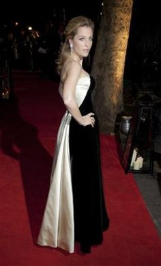 Gillian Anderson wearing vintage Ceil Chapman from WilliamVintage at the London Film Festival 2011. #vintage #fashion