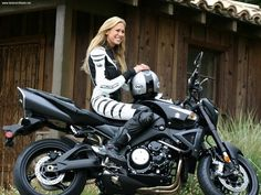 Leslie Porterfield, the fastest woman in the US, on two wheels #motorcycle #racing