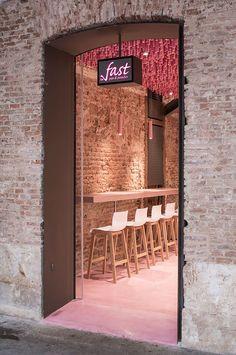 *빈티지, 컴템퍼러리 디자인의 조합 베이커리 [ ideo arquitectura ] undulating pink canopy to madrid pastry shop :: 5osA: [오사]