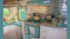 cassiefairys-camper-project-shabby-chic-retro-interior-inspiration-from-pinterest-caravan-love-board.jpg (350×200)