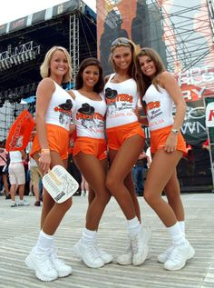 easy diy costume hooters girl good for groups or individuals and comfy with - 4 Girls Halloween Costumes