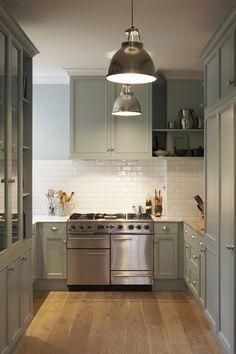 Kitchen: grey cabinet option