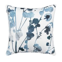 Liina Harju designed Usva (Mist) with an ethereal feeling of misty summer mornings and evenings. Silhouettes of salt hay in deep blues decorate the crisp white cushion cover. Made from machine-washable