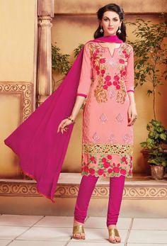2ffcc9ed46 72 Best Pink salwar kameez images in 2018   Salwar suits, Churidar ...