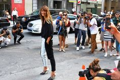 Street Style: New York Fashion Week Spring 2014 Part Two - Vogue Caroline de Maigret At Proenza Schouler Proenza Schouler pants and shoes Ny Fashion Week, New York Fashion, Girl Fashion, Street Fashion, Street Style 2014, Street Chic, New Yorker Mode, French Girl Style, New York Street