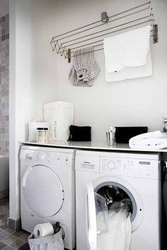 Vaalea kylpyhuone | Kotivinkki. Clothes rack