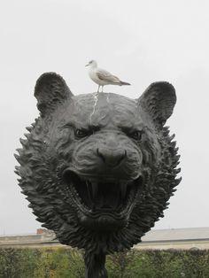 Ai Weiwei: Circle of Animals / Zodiac Heads, FIAC Jardins de Tuileries, Paris, Lisson Gallery Lisson Gallery, Art Gallery, Art Installations, Installation Art, Bronze Sculpture, Sculpture Art, Wei Wei, Ai Weiwei, Jasper Johns