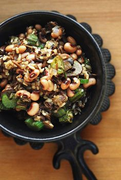 Hoppin' John with spicy okra and brown & wild rices