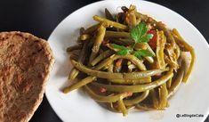 Blogul lui Cătă: Pastai verzi cu rosii si sos chermoula (patrunjel ... Keto Regime, Cata, Vinaigrette, Lchf, Spaghetti, Low Carb, Ethnic Recipes, Blog, Tomato Paste