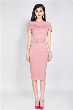 Đầm body trễ vai nơ eo sang trọng màu hồng