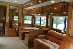 Two Horse Motorcoach is a favorite luxury horse trailer/living combos that Equine Motorcoach offers. With room to sleep you can bring the whole family! Rv Trailers, Horse Trailers, Horse Transport, Small Motorhomes, Airstream Basecamp, Lightweight Trailers, Mercedes Van, Light Trailer, Small Suv