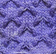 Telescope Lattice Stitch. Note to self: make a chunky cowl in this pattern
