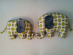 Green-grey fabric decorative elephant pillow set This cute decorative elephant pillow set is perfect for your home or as a gift for your loved ones.