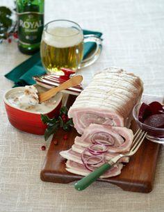 Rolled Sausage (lamb) - Rúllupylsa - Rullepølse og krydderfedt med grever - This sausage is sliced and used as sandwich meat.