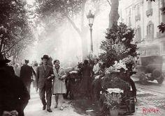 Parada de flors a la Rambla    La Societat d'Atracció de Forasters de Barcelona va treballar des del 1908 per convertir Barcelona en una ciutat turística.    © Arxiu Fotogràfic de Barcelona. Josep Brangulí