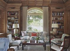 """Looks like Braquenie 'La Riviere enchantee"""" fabric on sofa, but it is """"Les Indiennes"""" in Multicolor by Quadrille. Decor by Tom Scheerer."""