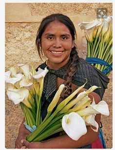 Flower Seller in Mexico, market, vender, marche, We Are The World, People Around The World, Mexican People, Mexico Culture, Mexico Style, Diego Rivera, Mexican Art, World Cultures, Belle Photo