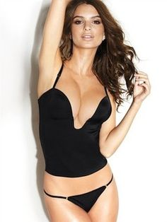 完璧な美貌とスタイルが話題!世界中を魅了するイギリスのモデル、エミリー・ラタコウスキーまとめ♡ - let-me