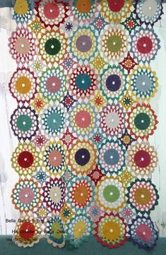 꽃들의 향연 - 꽃 모양 모티브 블랭킷 도안 , 손뜨개 커튼 만들기 [ 앵콜스뜨개실 , 벨라디아 ] : 네이버 블로그 Diy And Crafts, Quilts, Blanket, Blog, Bed Covers, Comforters, Blankets, Patch Quilt, Kilts