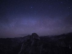 A hiker turned on their headlamp on the summit of Half Dome during my long exposure attempt [OC] [1660x1245]