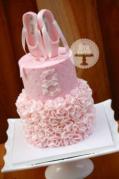 Wow. What a beautiful #Ballet #cake.