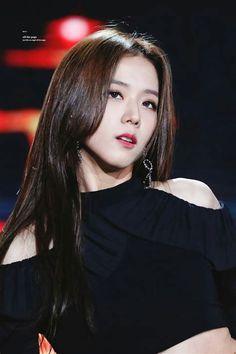 Indonesiwa: Sweety of Blackpink Kpop Girl Groups, Korean Girl Groups, Kpop Girls, Blackpink Jisoo, Kim Jennie, Yg Entertainment, Black Pink ジス, Bts Kim, Blackpink Members
